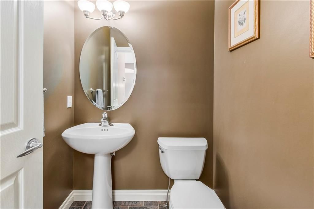 Photo 28: Photos: 73 DISCOVERY WOODS Villa SW in Calgary: Discovery Ridge Semi Detached for sale : MLS®# C4218779