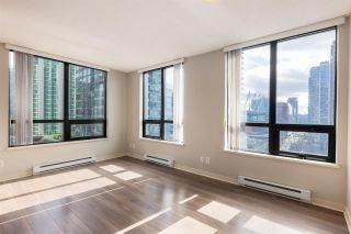 """Main Photo: 1102 909 MAINLAND Street in Vancouver: Yaletown Condo for sale in """"Yaletown Park 2"""" (Vancouver West)  : MLS®# R2560477"""
