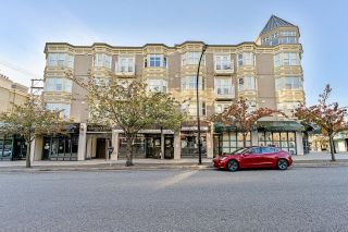 Photo 2: PH2 5723 BALSAM Street in Vancouver: Kerrisdale Condo for sale (Vancouver West)  : MLS®# R2625445