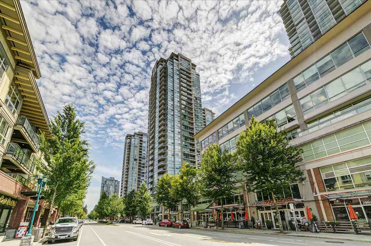 """Main Photo: 2207 2968 GLEN Drive in Coquitlam: North Coquitlam Condo for sale in """"Grand Central 2 by Intergulf"""" : MLS®# R2539858"""