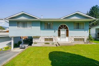 Photo 1: 1021 RANCH PARK Way in Coquitlam: Ranch Park House for sale : MLS®# R2580732