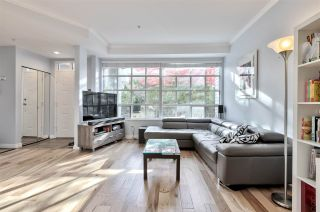 """Photo 2: 105 7160 OAK Street in Vancouver: South Cambie Townhouse for sale in """"COBBLELANE"""" (Vancouver West)  : MLS®# R2514150"""
