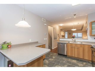 """Photo 9: 132 2000 PANORAMA Drive in Port Moody: Heritage Woods PM Townhouse for sale in """"MOUNTAINS EDGE"""" : MLS®# R2223784"""