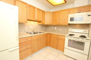 """Photo 4: 2306 3755 BARTLETT Court in Burnaby: Sullivan Heights Condo for sale in """"TIMBERLEA TOWER """"B"""""""" (Burnaby North)  : MLS®# R2138547"""