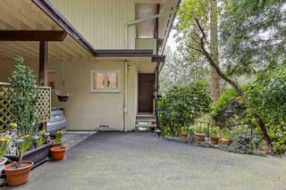 """Photo 3: 6174 EASTMONT Drive in West Vancouver: Gleneagles House for sale in """"GLENEAGLES"""" : MLS®# R2581636"""