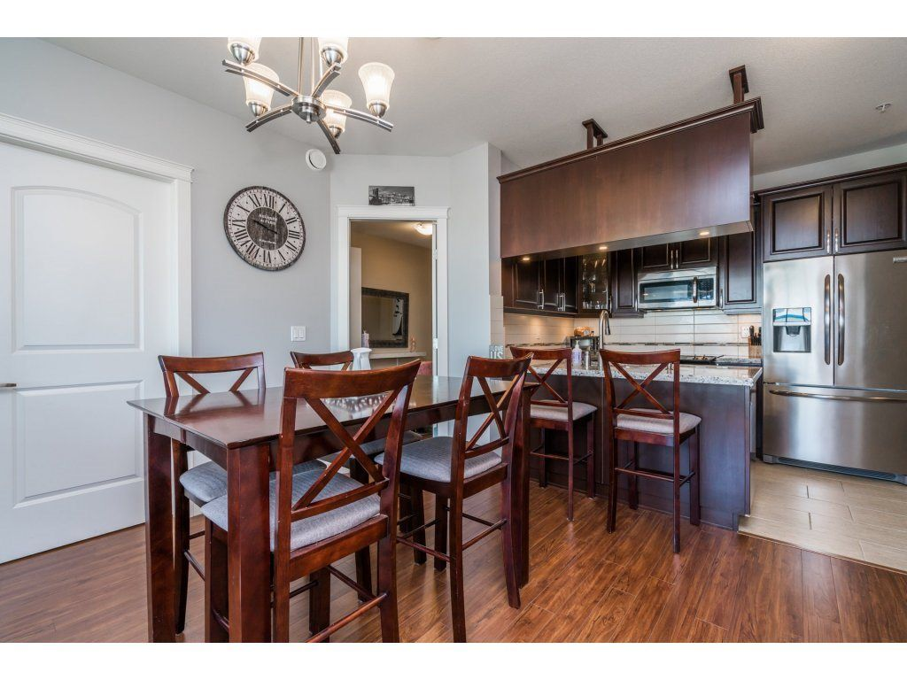 "Photo 6: Photos: 314 12635 190A Street in Pitt Meadows: Mid Meadows Condo for sale in ""CEDAR DOWNS"" : MLS®# R2189305"