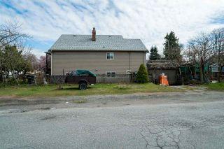 "Photo 13: 2504 NAPIER Street in Vancouver: Renfrew VE House for sale in ""RENFREW"" (Vancouver East)  : MLS®# R2449289"