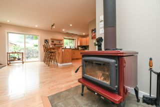 Photo 11: 2518 Dunsmuir Ave in : CV Cumberland House for sale (Comox Valley)  : MLS®# 877028