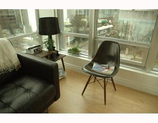 """Photo 4: 989 NELSON Street in Vancouver: Downtown VW Condo for sale in """"THE ELECTRA"""" (Vancouver West)  : MLS®# V639225"""