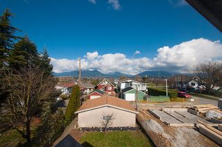 Photo 24: 3191 East 6th Avenue in Vancouver: Home for sale : MLS®# V1054407