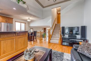 Photo 7: 628 24 Avenue NW in Calgary: Mount Pleasant Semi Detached for sale : MLS®# A1099883