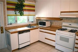 Photo 6: 884 Wellington Crescent in Winnipeg: River Heights North Residential for sale (1C)  : MLS®# 1716855