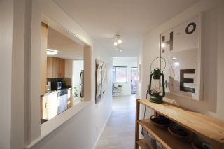 """Photo 5: 304 3010 ONTARIO Street in Vancouver: Mount Pleasant VE Condo for sale in """"NEW YORK ON YORK"""" (Vancouver East)  : MLS®# R2519534"""