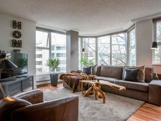 """Photo 1: 304 522 MOBERLY Road in Vancouver: False Creek Condo for sale in """"DISCOVERY QUAY"""" (Vancouver West)  : MLS®# R2550846"""