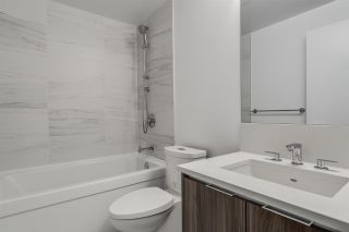 """Photo 15: 1705 4900 LENNOX Lane in Burnaby: Metrotown Condo for sale in """"THE PARK"""" (Burnaby South)  : MLS®# R2223215"""