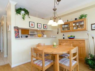 """Photo 4: 308 2490 W 2ND Avenue in Vancouver: Kitsilano Condo for sale in """"TRINITY PLACE"""" (Vancouver West)  : MLS®# V966955"""