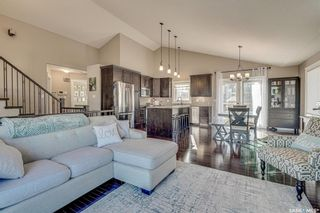 Photo 2: 602 Bennion Crescent in Saskatoon: Willowgrove Residential for sale : MLS®# SK849166