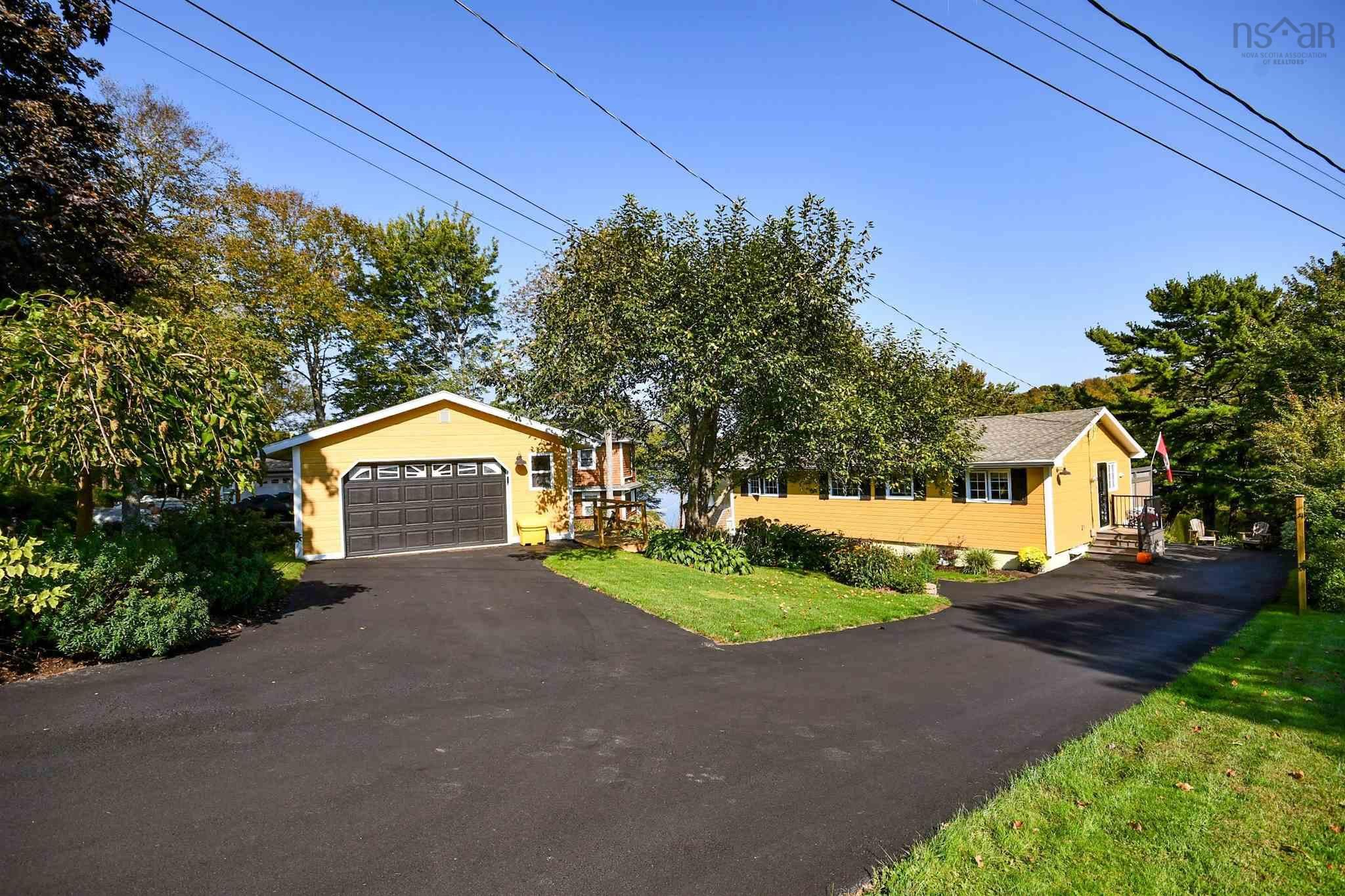 Main Photo: 285 Lockview Road in Fall River: 30-Waverley, Fall River, Oakfield Residential for sale (Halifax-Dartmouth)  : MLS®# 202125479
