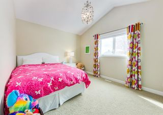 Photo 30: 2015 6 Avenue NW in Calgary: West Hillhurst Semi Detached for sale : MLS®# A1105815