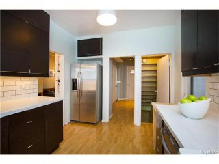 Photo 11: 304 Arnold Avenue in Winnipeg: Fort Rouge Residential for sale (1Aw)  : MLS®# 1700584