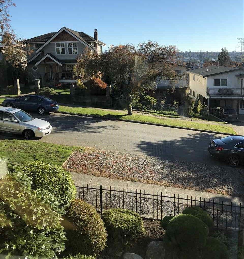 Photo 2: Photos: 3741 GEORGIA STREET in Burnaby: Willingdon Heights House for sale (Burnaby North)  : MLS®# R2314936