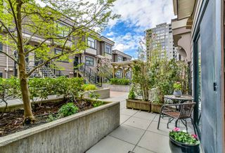 """Photo 19: 114 828 ROYAL Avenue in New Westminster: Downtown NW Townhouse for sale in """"BRICKSTONE WALK"""" : MLS®# R2161286"""