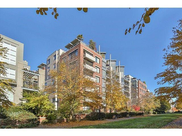 Main Photo: 606 2228 Marstrand Avenue in Solo: Home for sale : MLS®# V1033205