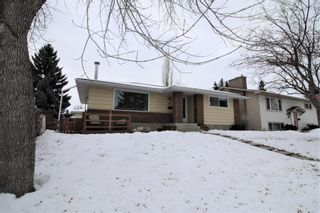 Photo 2: 707 Canfield Place SW in Calgary: Canyon Meadows Detached for sale : MLS®# A1063933
