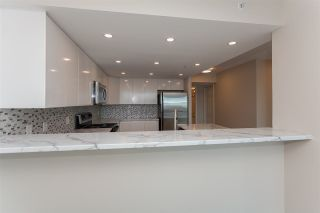 """Photo 13: 1905 1128 QUEBEC Street in Vancouver: Mount Pleasant VE Condo for sale in """"THE NATIONAL"""" (Vancouver East)  : MLS®# R2232561"""