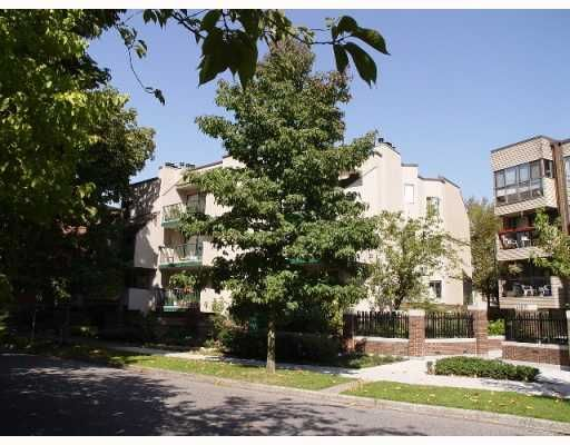 """Main Photo: 208 1169 NELSON Street in Vancouver: West End VW Condo for sale in """"THE GREENHORN"""" (Vancouver West)  : MLS®# V787296"""