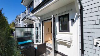 """Photo 21: 8 1133 RIDGEWOOD Drive in North Vancouver: Edgemont Townhouse for sale in """"EDGEMONT WALK"""" : MLS®# R2565453"""