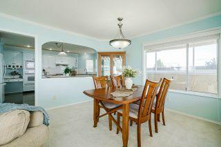 "Photo 8: 15452 VICTORIA Avenue: White Rock House for sale in ""White Rock Hillside"" (South Surrey White Rock)  : MLS®# R2558705"