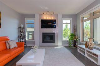 Photo 9: 7212 MAY Road in Edmonton: Zone 14 House Half Duplex for sale : MLS®# E4223733