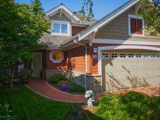 """Photo 2: 26 15055 20 Avenue in Surrey: Sunnyside Park Surrey House for sale in """"HIGHGROVE"""" (South Surrey White Rock)  : MLS®# R2526604"""