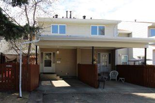 Photo 1: 6738 36A Avenue in Edmonton: Zone 29 Townhouse for sale : MLS®# E4242052