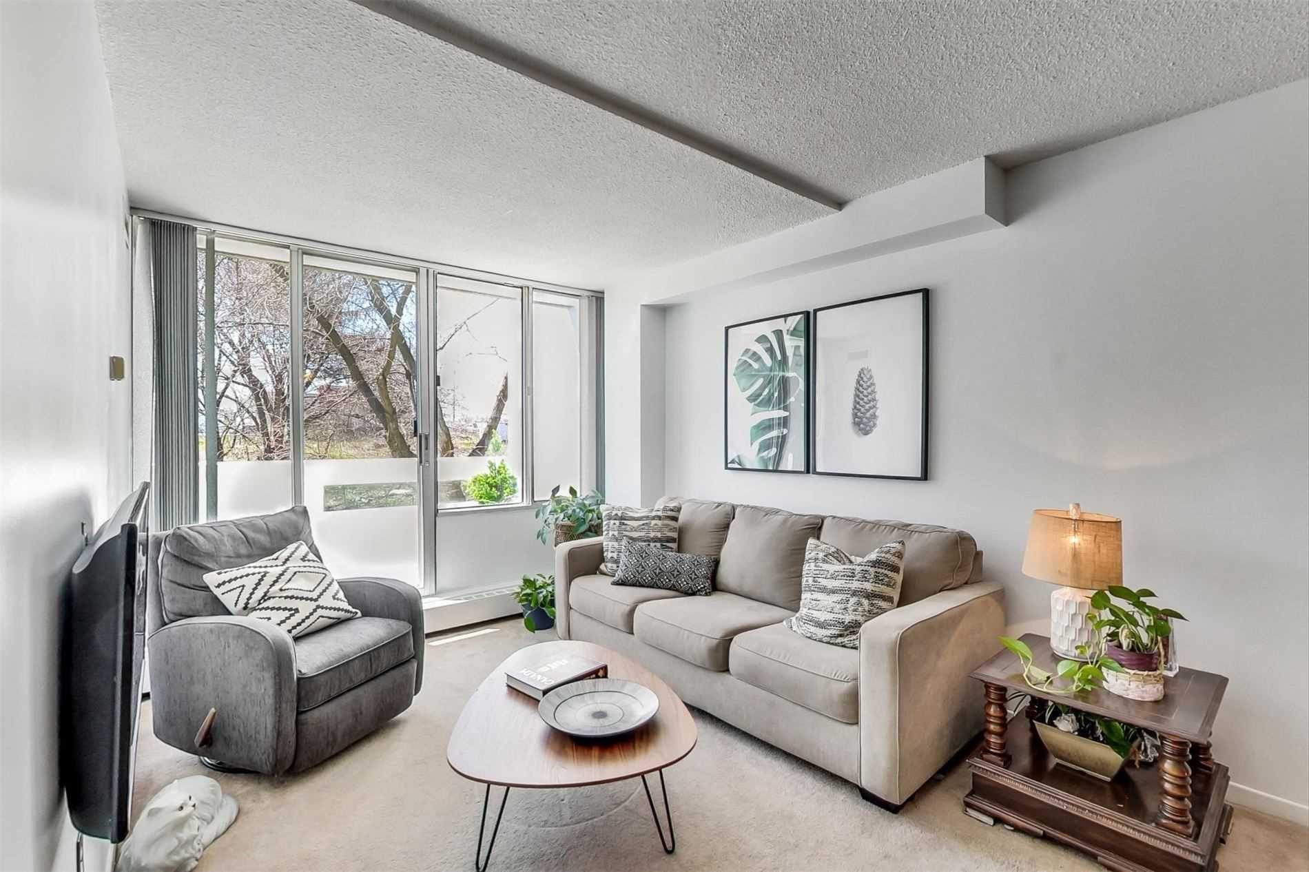 Photo 3: Photos: 212 5580 E Sheppard Avenue in Toronto: Malvern Condo for sale (Toronto E11)  : MLS®# E4747223