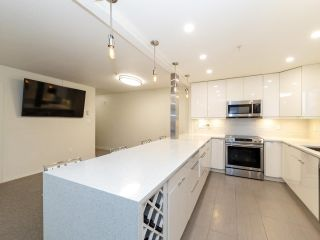 """Photo 8: 303 1009 HOWAY Street in New Westminster: Uptown NW Condo for sale in """"HUNTINGTON WEST"""" : MLS®# R2605400"""