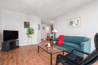 """Photo 9: 1906 888 HAMILTON Street in Vancouver: Downtown VW Condo for sale in """"ROSEDALE GARDEN"""" (Vancouver West)  : MLS®# R2542026"""