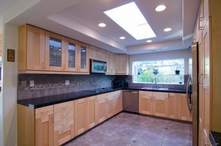 Photo 7: LA COSTA Twin-home for sale : 3 bedrooms : 2409 Sacada Cir in Carlsbad
