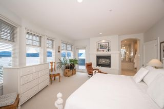 "Photo 11: 17 OCEAN POINT Drive in West Vancouver: Howe Sound 1/2 Duplex for sale in ""OCEAN POINT - PUNTA DEL MAR ESTATES"" : MLS®# R2530860"