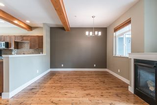 """Photo 15: 19 39758 GOVERNMENT Road in Squamish: Northyards 1/2 Duplex for sale in """"Arbourwoods"""" : MLS®# R2163642"""