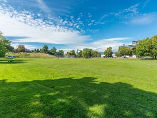 """Photo 20: 305 930 E 7TH Avenue in Vancouver: Mount Pleasant VE Condo for sale in """"Windsor Park"""" (Vancouver East)  : MLS®# R2617396"""
