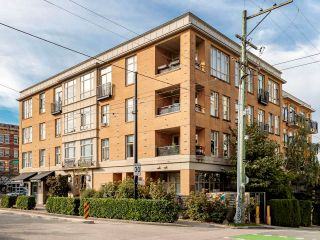 """Photo 28: 212 205 E 10TH Avenue in Vancouver: Mount Pleasant VE Condo for sale in """"The Hub"""" (Vancouver East)  : MLS®# R2621632"""