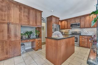 Photo 12: 1018 GATENSBURY ROAD in Port Moody: Port Moody Centre House for sale : MLS®# R2546995