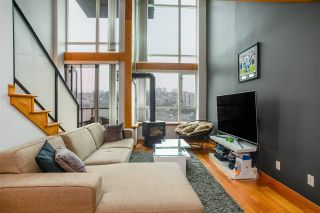 """Photo 7: 518 10 RENAISSANCE Square in New Westminster: Quay Condo for sale in """"MURANO LOFTS"""" : MLS®# R2514767"""