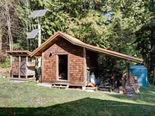 Photo 17: 135 HAIRY ELBOW Road in Seymour: Halfmn Bay Secret Cv Redroofs House for sale (Sunshine Coast)  : MLS®# R2556718