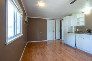 Photo 6: 8 8680 CASTLE Road in Prince George: Sintich Manufactured Home for sale (PG City South East (Zone 75))  : MLS®# R2586078