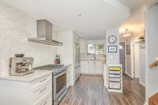 """Photo 8: 18 225 W 14TH Street in North Vancouver: Central Lonsdale Townhouse for sale in """"CARLTON COURT"""" : MLS®# R2567110"""