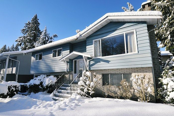 FEATURED LISTING: 1656 CONNAUGHT Drive Port Coquitlam