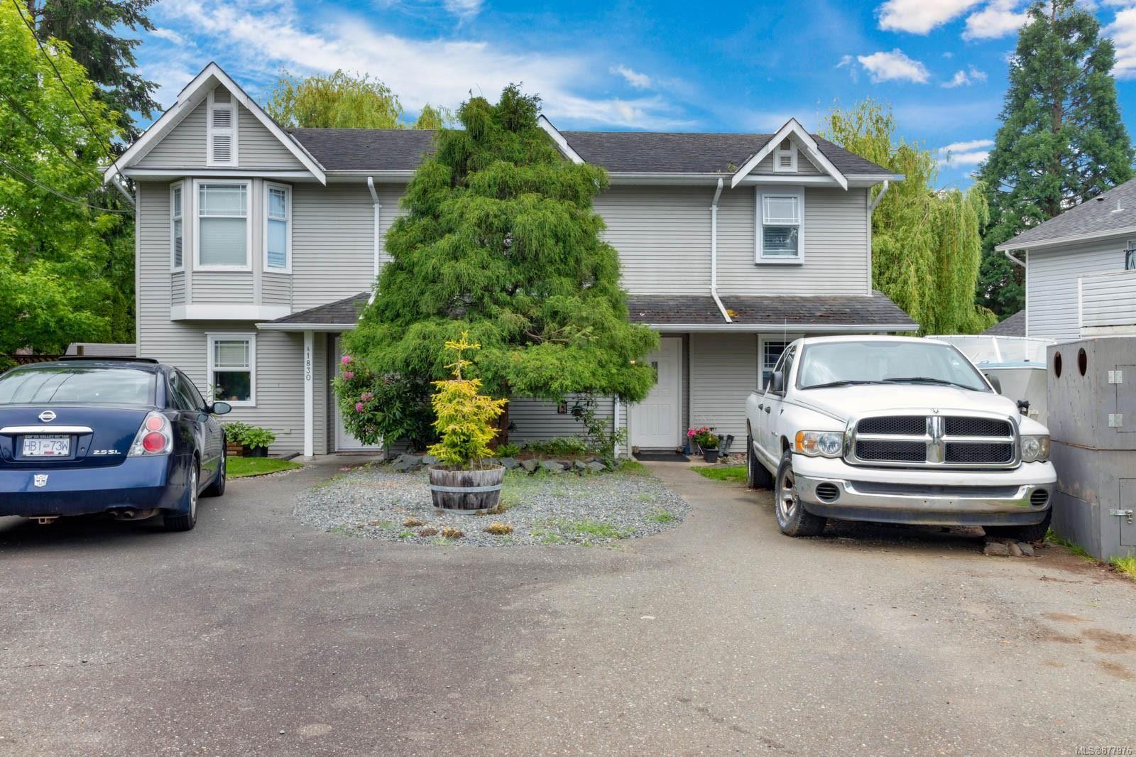 Main Photo: 1830B Cleland Pl in Courtenay: CV Courtenay City Half Duplex for sale (Comox Valley)  : MLS®# 877976